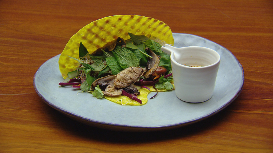 Vietnamese Pancake With Grilled Chicken And Fish Sauce Dressing Network Ten